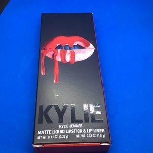 "NIB Kylie Lip Kit ""Mary Jo"" Matte **Authentic**"
